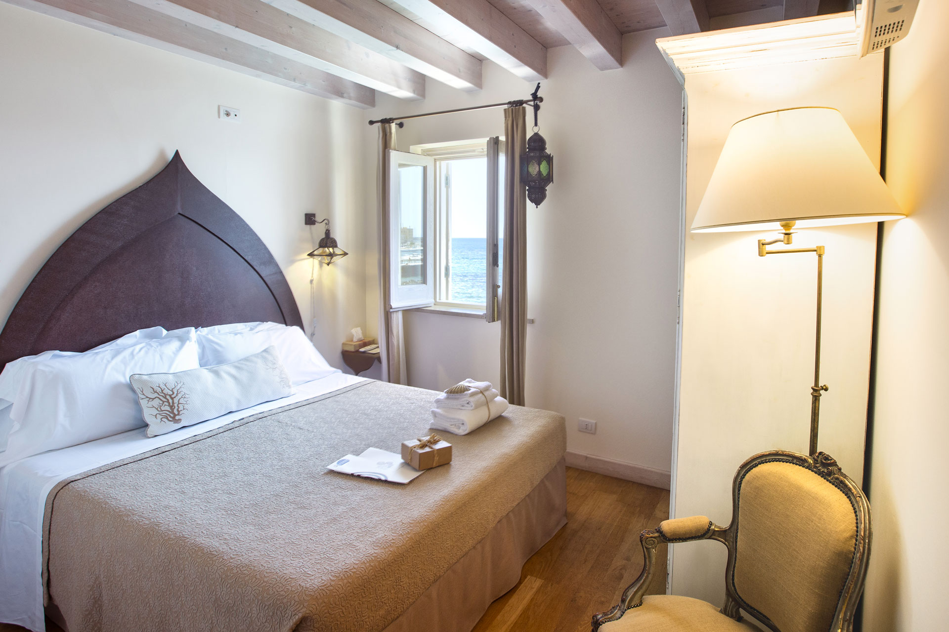 sea view hotel on ortigia